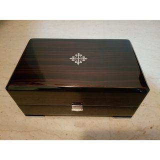 (SOLD)    Authentic Original Patek Philippe Pretige Wooden Box