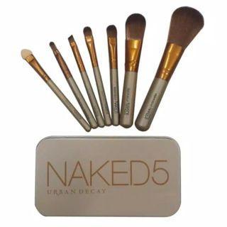 Naked 5 make up brush