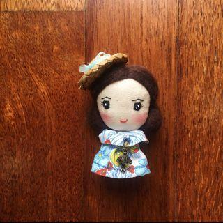 Handmade brooch- Little Girl with Straw Hat
