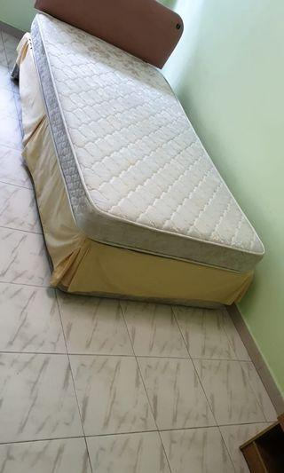 Super Single Mattress with Divan included