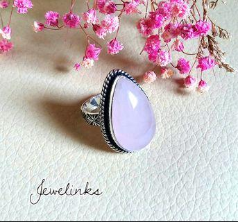 🚚 Lovely Rose quartz Lady Ring. Size 6 3/4 (US) 13 (Asia). Set in 925 Sterling Silver.