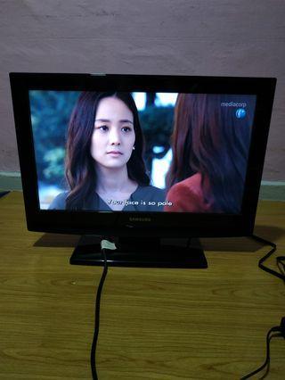 🚚 Samsung TV model LA26B350F1