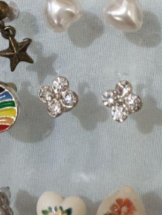 Anting tusuk diamond