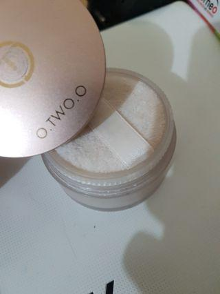 O TWO O LOOSE POWDER