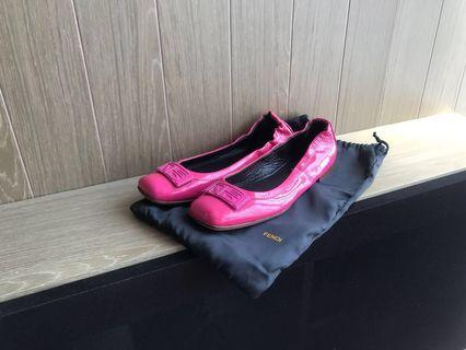 Fendi patent leather logo buckle flat shoes 漆皮粉紅色平底鞋