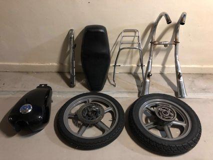 Honda CM125 Dekit Parts
