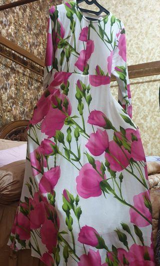 Baju Syar'i Bunga Pink + Khimar Bahan Ceruty