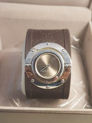 Gucci bangle rubber watch preloved authentic