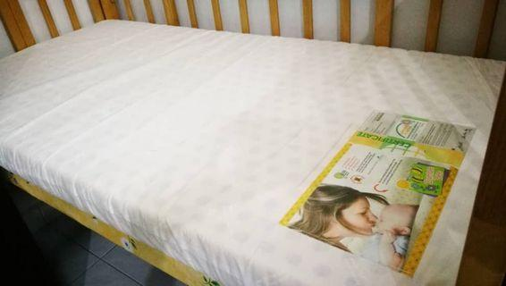 "Bumble Bee Baby Latex Mattress 24"" x 46"" x 3"""