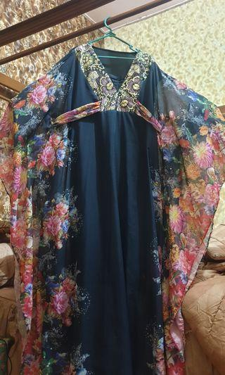 Preloved Baju Gaun Model Kalelawar