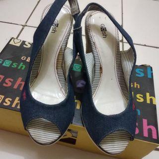 wedges heels gosh biru dongker jeans