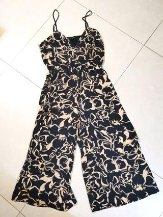 *free shipping* House of Harlow 1960 x Revolve pattern jumpsuit size M