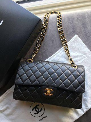 Beautiful investment piece vintage Classic Flap 25