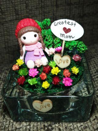 Mother's Day frozen flowers terrarium