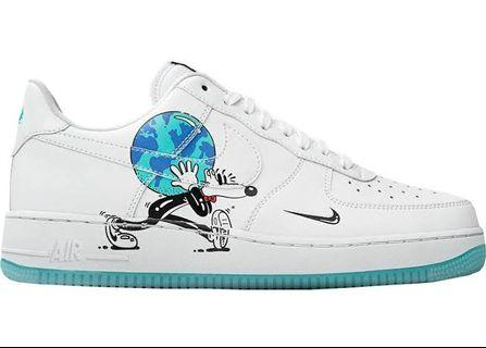 [LOOKING FOR] HEAT SNEAKERS FOR ARD $150