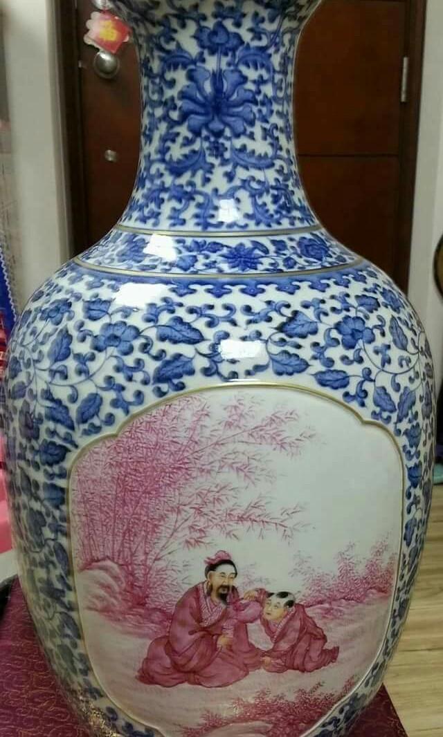 大清乾隆年製款古董瓷花瓶,器型碩大,高61cm,2尺高,一對罕見,理想收藏,屯門工業區交收!