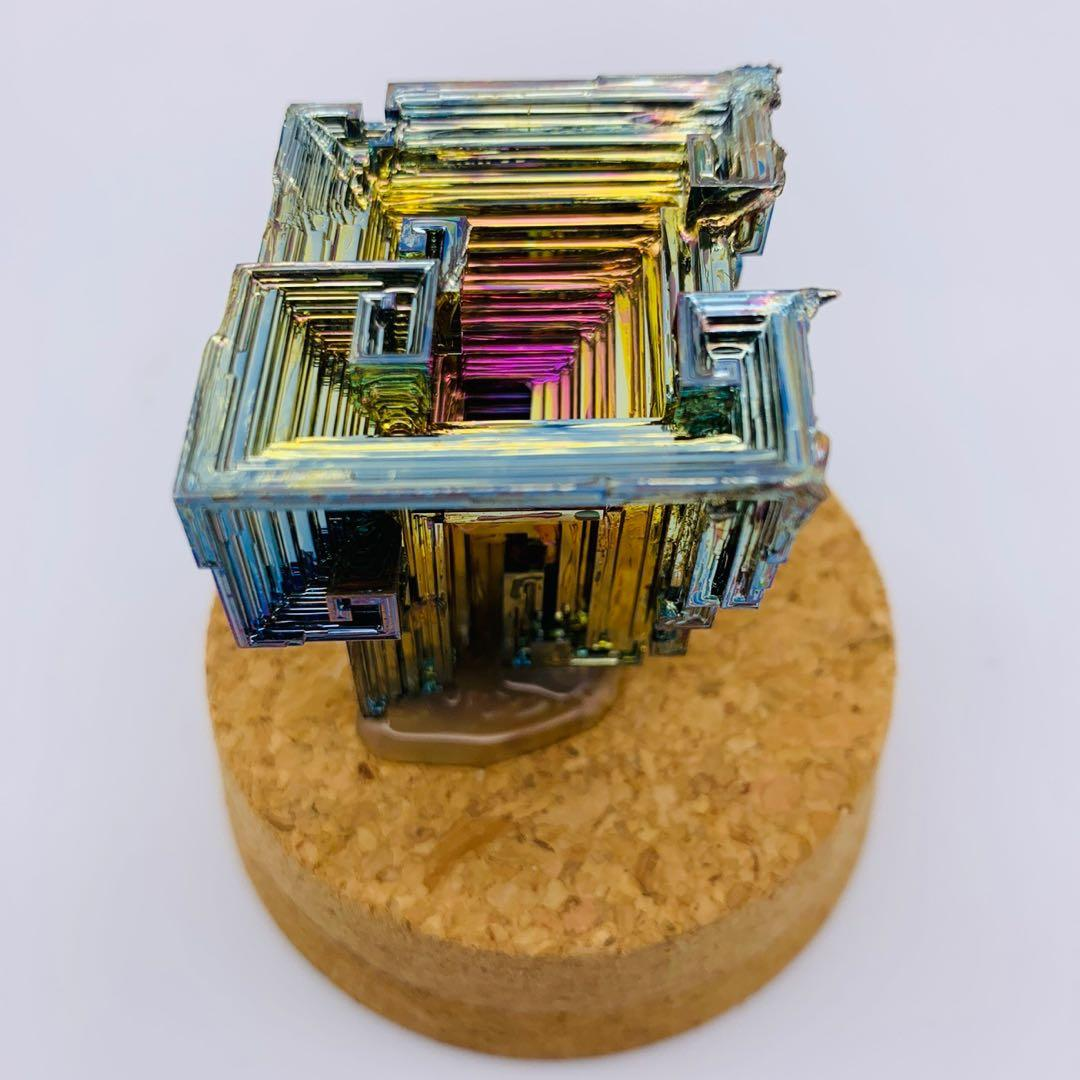 Bismuth crystal 鉍晶體