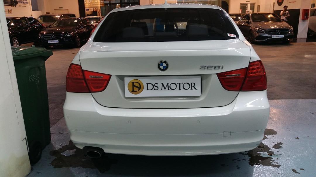 BMW 320i Sedan Auto (Premium Category)