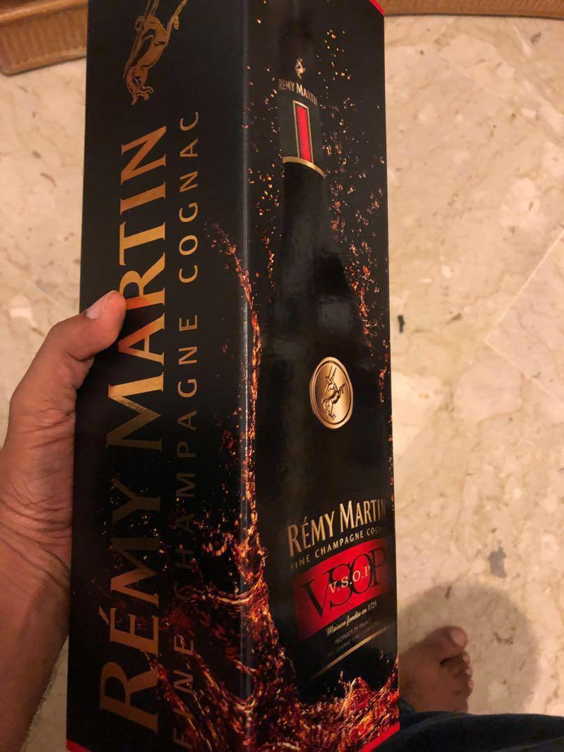 BNIB Remy Martin VSOP. FREE 2-hour delivery. Cash on delivery. 24/7. Free gift wrapping
