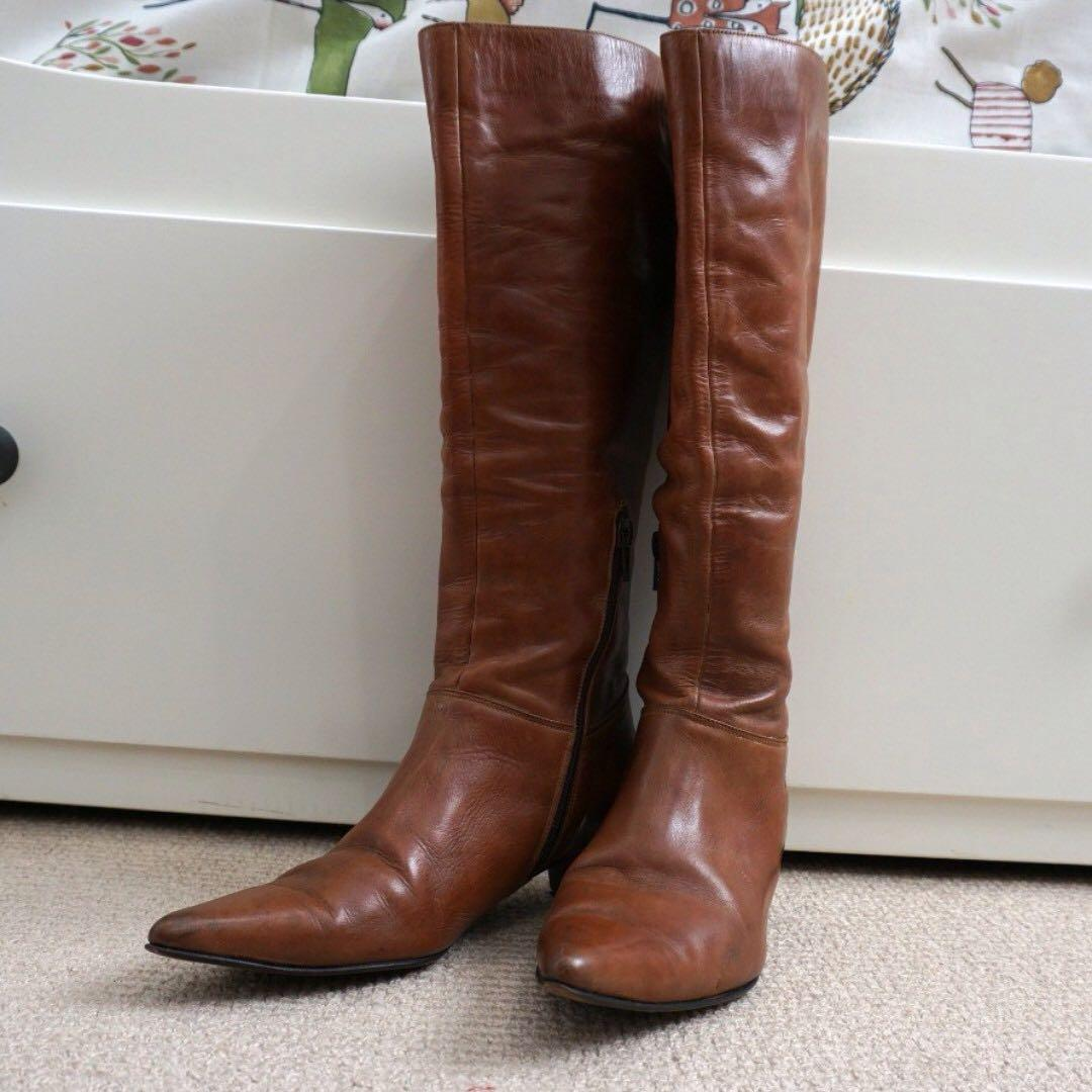Handmade cognac leather pointed-toe boots from Argentina #swapAU