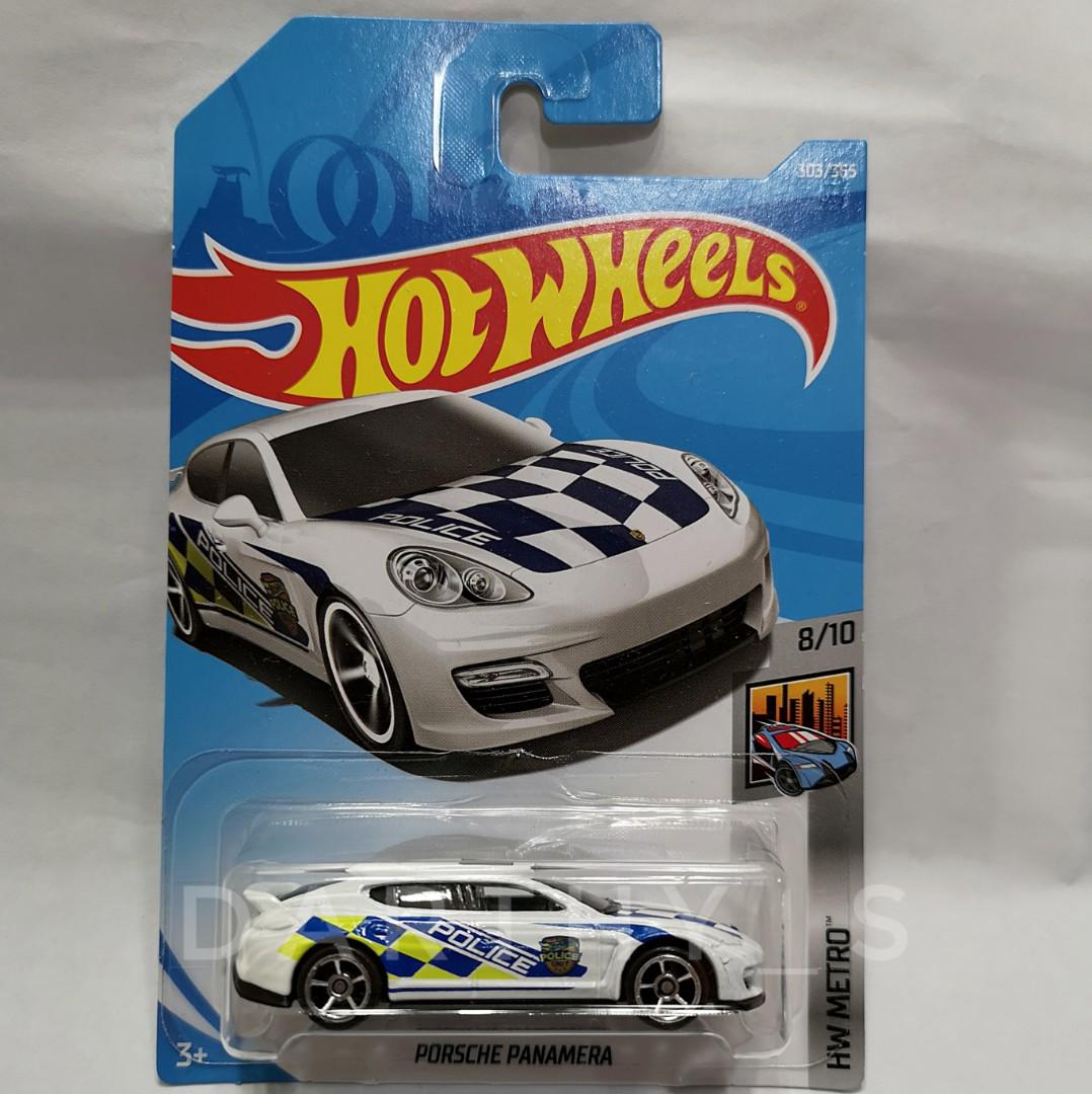 Hot Wheels Porsche Panamera (Police tampo)