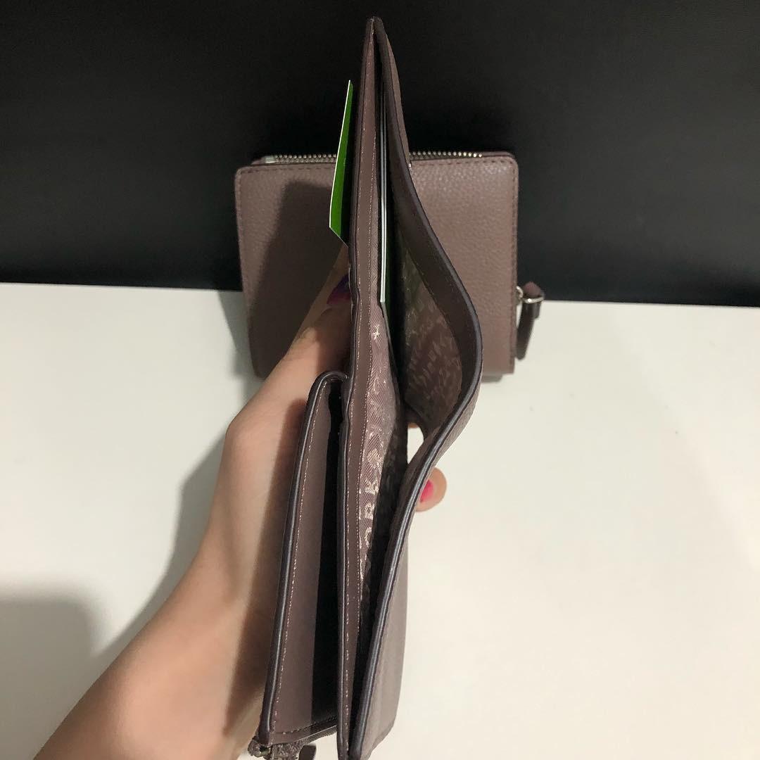 Kate Spade Shawn Larchmont Avenue Wallet sz 11x9 (cocok banget buat tas kecil, bisa utk uang kertas juga ❤️)
