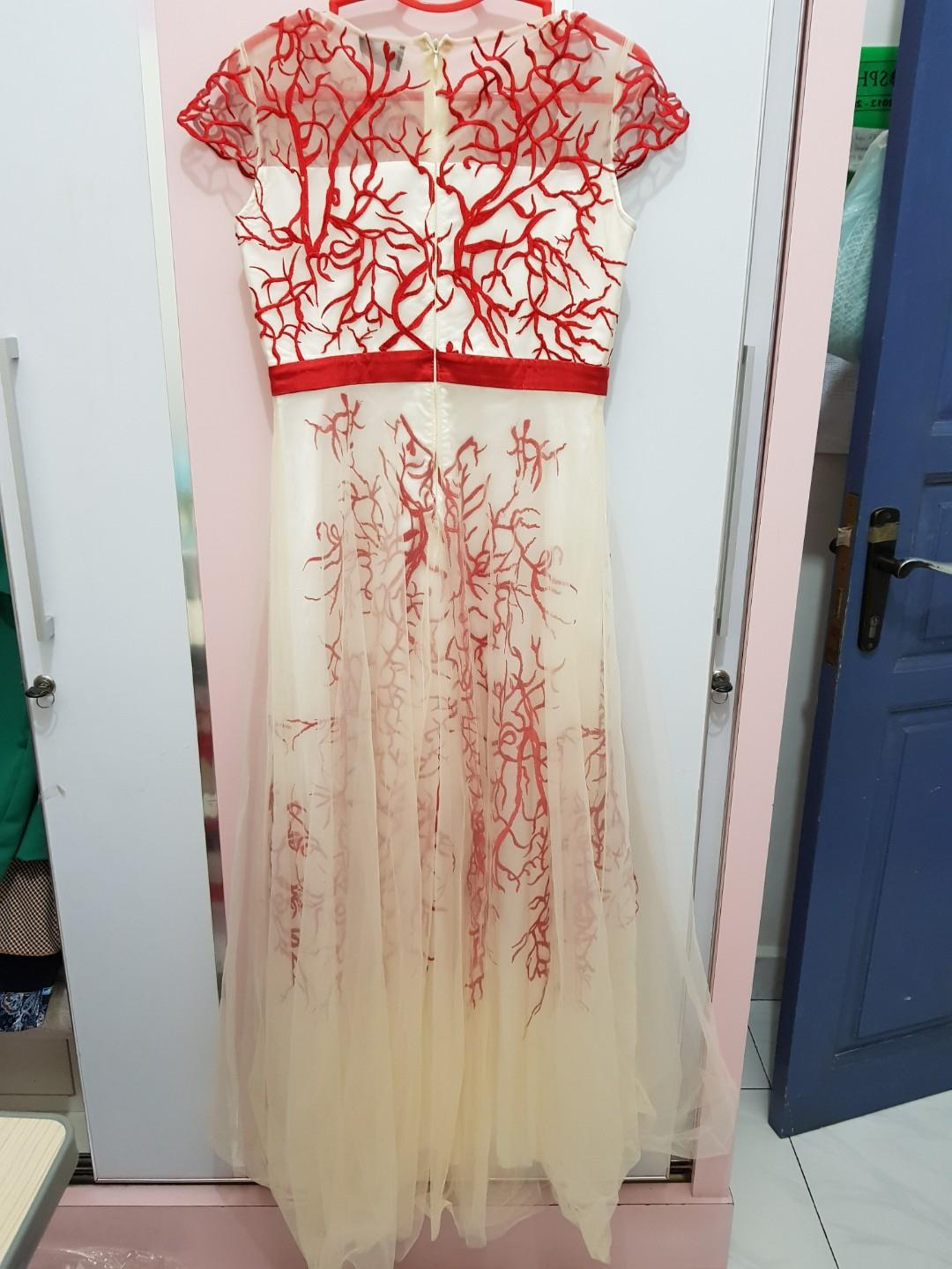 Laud Red root party dress
