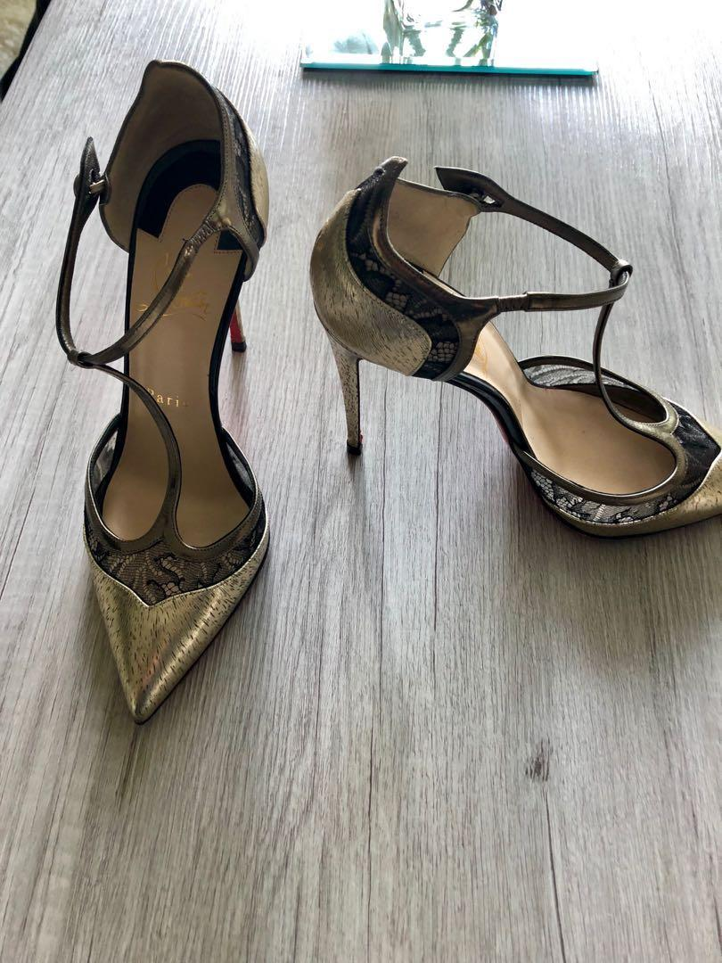 Limited edition Louboutins - gold and lace Size 7