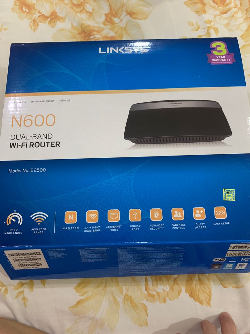 Linksys E2500 Dual Band Wifi wireless routers / extender
