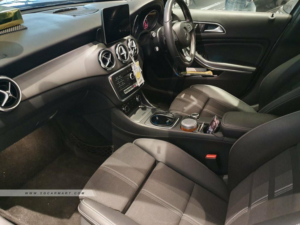 Mercedes-Benz GLA180 Auto