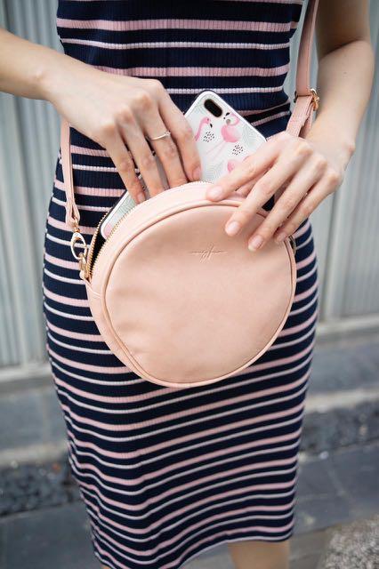NEW pink round bag