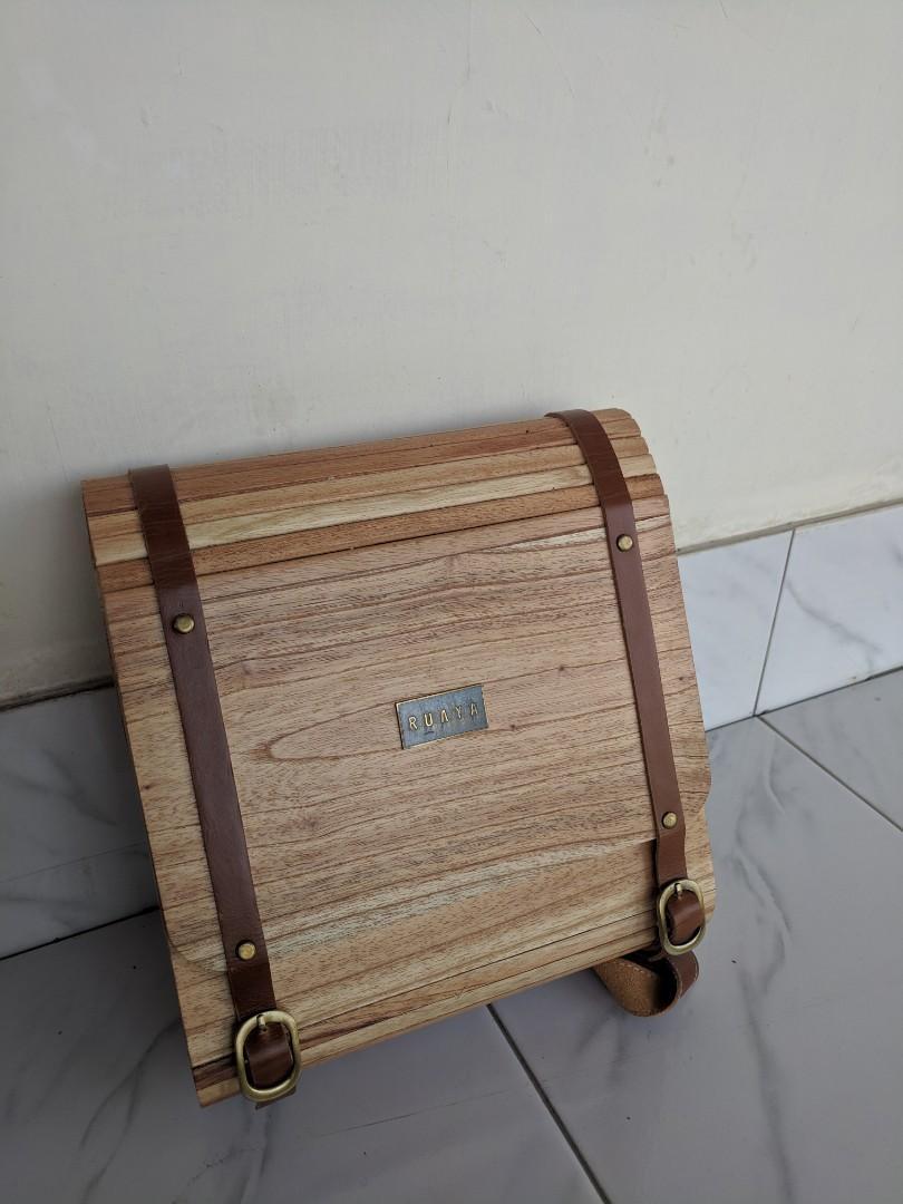 Tas kayu Ruaya..unik seri Kumakino like new