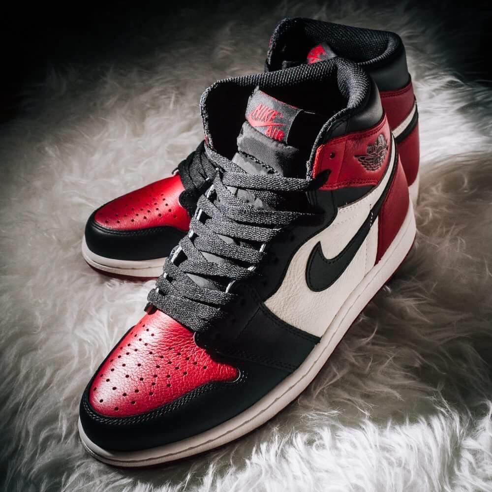 e7b58b3d6d6fd6 UK7.5 US8.5 Nike Retro High OG Air Jordan 1 Bred Toes