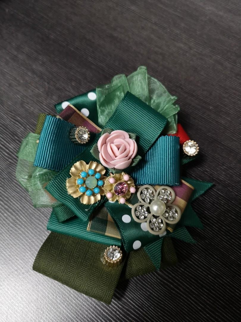 UNIQUE HANDMADE AND CUSTOMISED BROOCHES