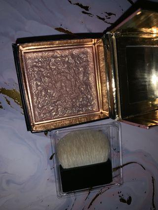 Benefit Gold Rush box blush