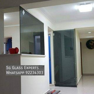 🚚 Black tinted glass partition and door