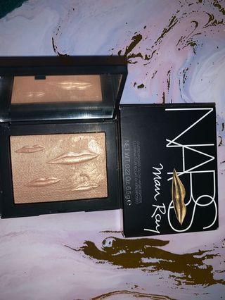 NARS Man Ray highlighter in Double Take