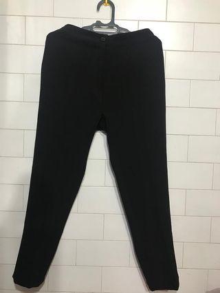 Celana kain hitam panjang
