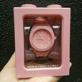 Jam tangan brunbrun