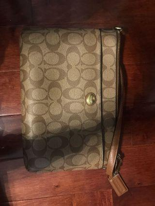 Coach cross body Authentic