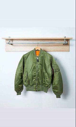 Alphaindustries Ma-1 Flight Jacket XL 全新外套