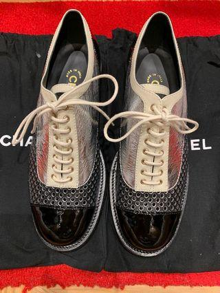 Chanel Lace Up Oxford shoes