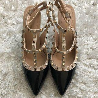 Pointy Stud Heels size 8