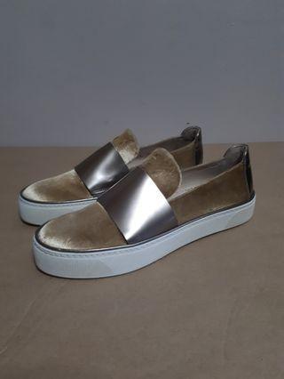 Stuart Weitzman Boyband Gold Velvet Slip-On Sneakers Size 5M