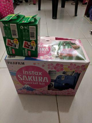 Fujifilm Instax Sakura Special kit