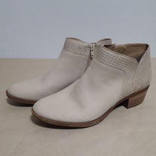 Lucky Brand Brintly Ankle Boots Size 8 & 8.5