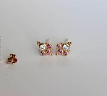 Brand new 14kt solid yellow gold earrings
