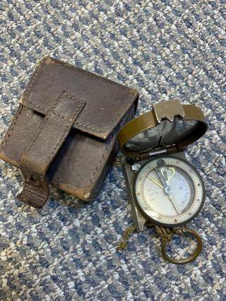 🚚 Vintage Compass with Pouch