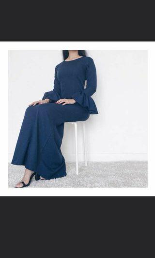 🚚 URGENTLY LOOKING FOR THIS SIMILAR DRESS