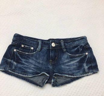 🚚 牛仔短褲 熱褲